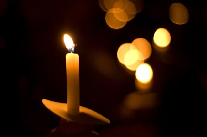 candle-candlelight-vigil